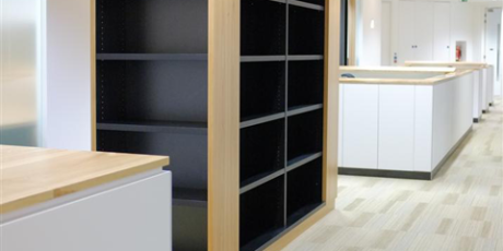 Floor-to-ceiling-shelving-unit-in-elm-and-black_WEB
