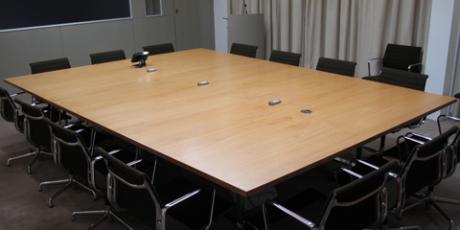 Large-folding-meeting-tables_WEB